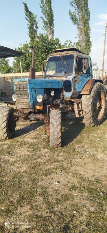 Yük və kənd təsərrüfatı nəqliyyatı Ətcələrda: Traktor 82