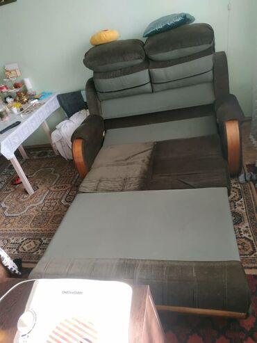 Продаю диван-кровать 10000с звонить или писать на номер