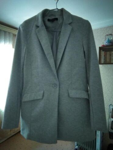 Новый трикотажный пиджак 42(46) размер из New Yorker Длина 75 см, на