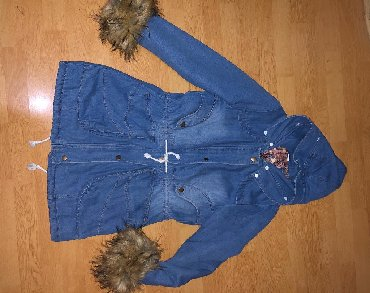 Duga zimska jakna - Srbija: Teksas duga zimska jakna, krzno sa rukava se skida. Velicina je L, ali