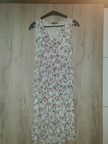 Od viskoze - Srbija: Prelepa KappAhl cvetna haljina od viskoze,velicina 32/34