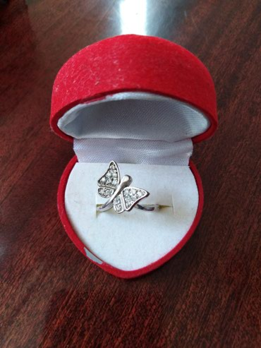 Новое миленькое колечко. серебро 925 в Кок-Ой