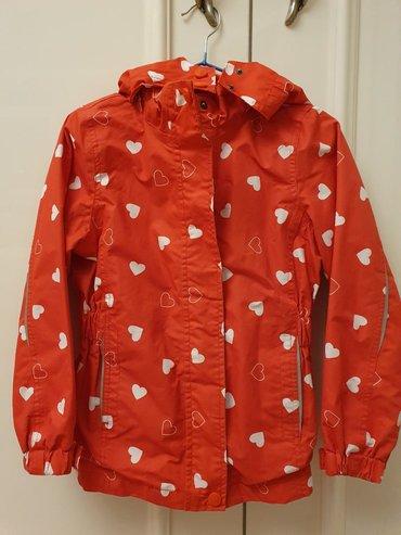 Продаю б/у куртку 110-116 размер. Тонкий лёгкийно из дождь и ветер