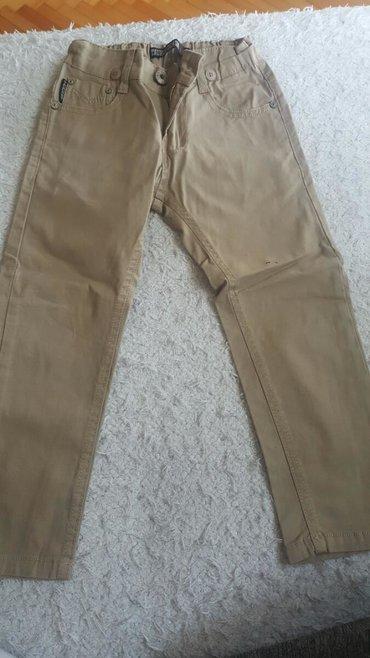 Potpuno nove pantalone za decaka Vel.4