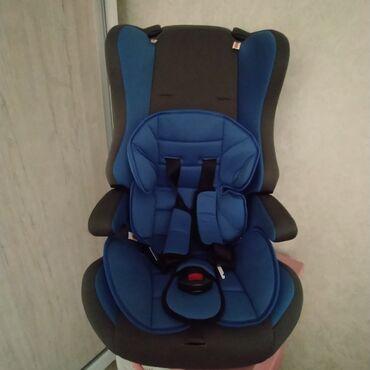 Автокресла - Кыргызстан: Авто кресла детская 10 -12 кг бу отличное состояние почти новый 3000