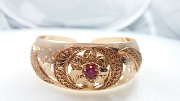 Браслет из красного золота с рубином 585 проба. Цена 52000 Сом в Бишкек