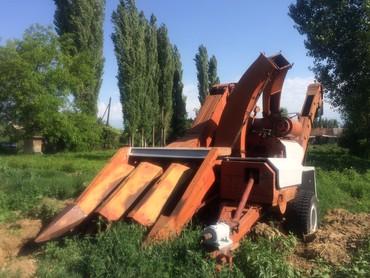 Кукурузный початкауборочный комбайн Херсонец 9 в рабочем состоянии