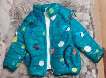Куртка на мальчика 3.5+ лет весна-осень. Состояние хорошее.Цена