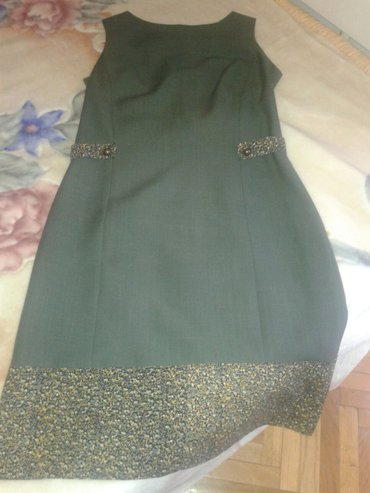 Haljina iz francuske,nosena,ocuvana kao nova. Sareni deo po dnu i - Valjevo