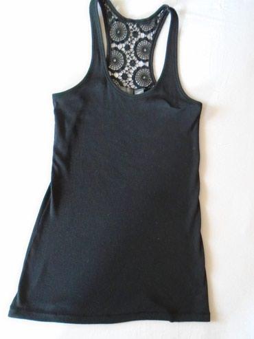 L majica - Srbija: Majica + papuče. Crna majica sa cipkom, M velicine, nošena