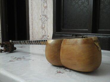 Тар - Азербайджан: Profesional tardı. Çanaq tut. qol kəllə qoz ağacından