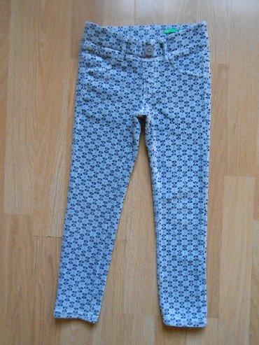 Dečije Farmerke i Pantalone | Becej: Benetton helanke/pantalone 3 god (98 cm) Izuzetno očuvane, bez ikakvih