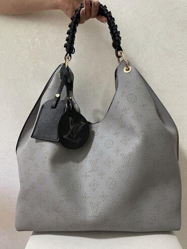 Новая сумка Louis Vuitton. Очень большая вместимость