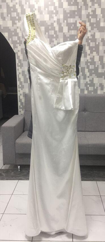 длинное вечернее платье цвет марсала в Кыргызстан: Продаю платье одевали один раз только на пару часов цвет Айвори