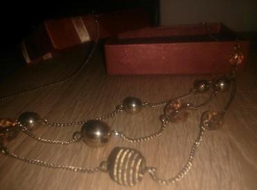 Avon-neseser - Srbija: Avon ogrlica,kupljena pre nekoliko godina,par puta nosena. elegantna u