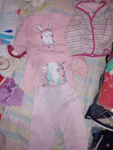 Dečija odeća i obuća - Plandište: 68 velicina, bez ostecenja. Marke c&a, reserved
