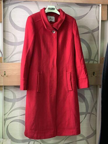 Продаю пальто фирмы Fuego(французская фирма) Покупали за 9000с,продам
