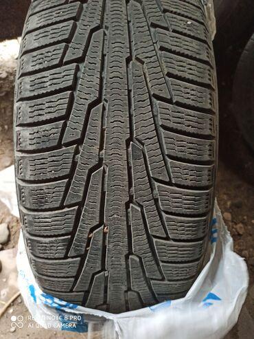 шины на 17 цена в Кыргызстан: Состояние отличное, использовали один сезон, 235/55/17 цена 15к