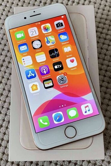 Apple Iphone - Valjevo: Polovni iPhone 8 64 GB Zlatno-roze (Rose Gold)