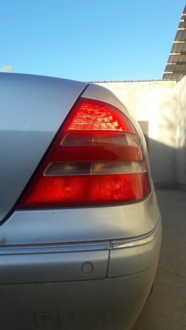 Продаю задние стопик фонари на Мерс 220 в Кызыл-Суу
