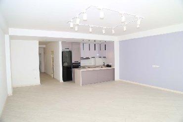 Продается квартира: 3 комнаты, 123 кв. м в Бишкек