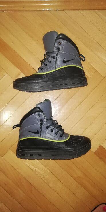 Nike ACG kao nove br.38 Kao nove Nike, tople, lagane i nepromocive