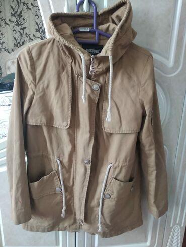 Куртка на осень 400 сом, купила за 2000
