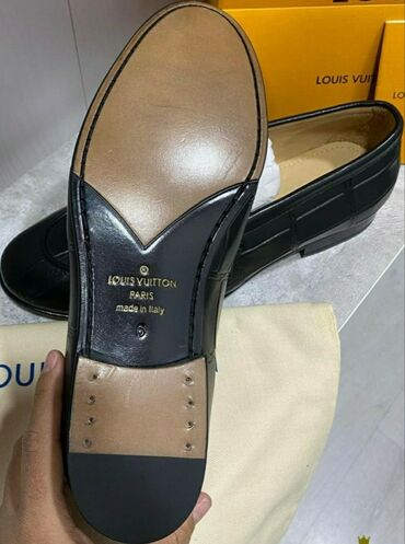 louis vuitton klatch в Кыргызстан: Обувь новая.Louis Vuitton размер 39 классика