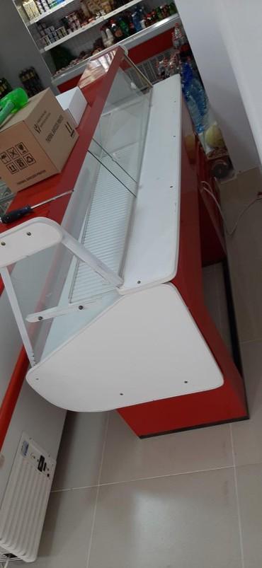 Оборудование для бизнеса в Кок-Ой: Витринный холодильник состояния хорошая