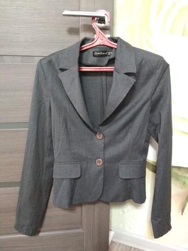 Брючный костюм женский вечерний - Кыргызстан: Продается костюм брючный. Классика. Производство Турция. Размер 44