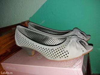 Sandale br 40