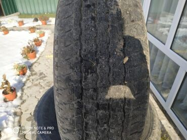 шины 265 65 r17 в Кыргызстан: Продаю летнюю резину 265/65/R17 звонить