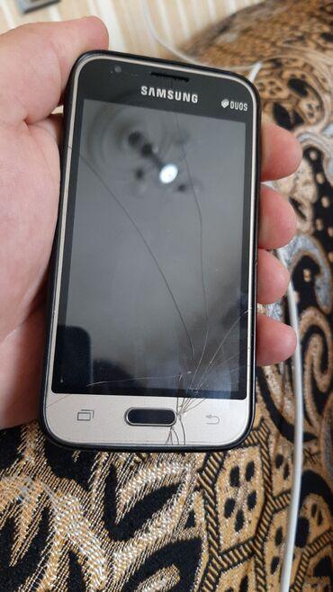 Samsung j1 mini - Azərbaycan: İşlənmiş Samsung Galaxy J1 Mini 2 GB qara