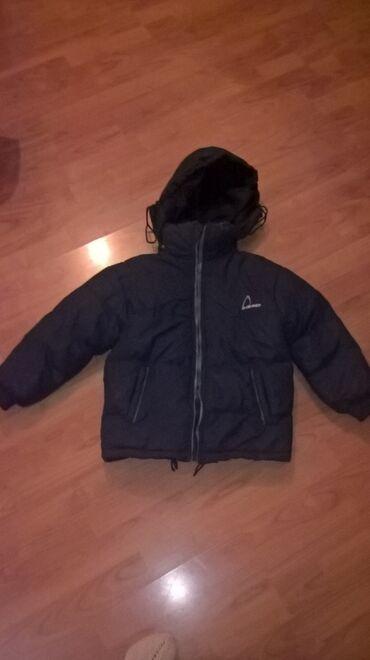 Zimska jakna - Srbija: Zimska jakna br. 6 Na njoj stoji veličina 6,a po mojoj proceni je