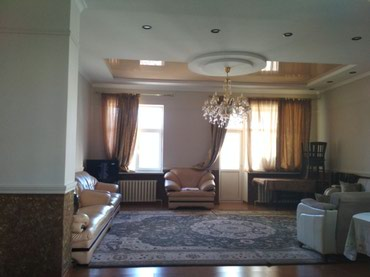 Сдаю 3к квартиру в центре города , в Бишкек