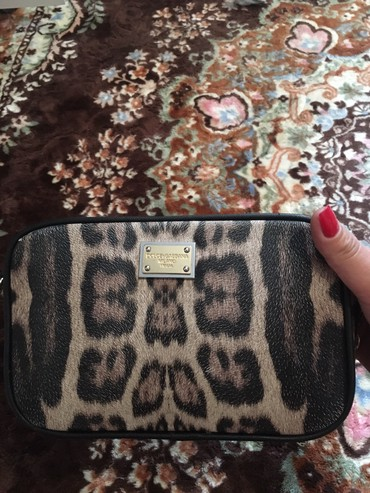 zhenskie rubashki dolce gabbana в Кыргызстан: Сумочка Dolce Gabbana(Бишкек),сама покупала за 2500
