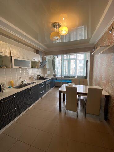 долгосрочно в Кыргызстан: Сдаю квартиру в 8м микрорайоне в элитном доме со всеми условиями внутр