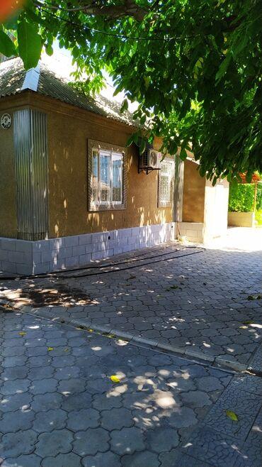 снять дом в кара балте частный в Кыргызстан: 90 кв. м, 5 комнат