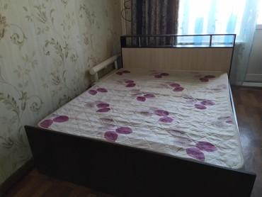 Двуспальные кровати - Кыргызстан: Продаю кровать, цена 7 000 сом, район Аламедин 1