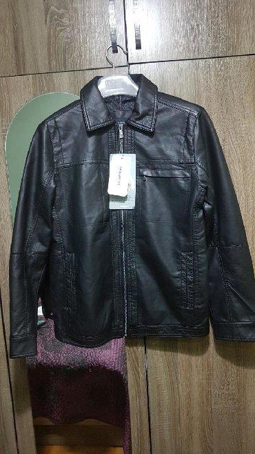 zhenskoe plate 52 razmer в Кыргызстан: Продаю куртка мужское из эко кожи, вайкики размер XXL 52-54.Подойдут