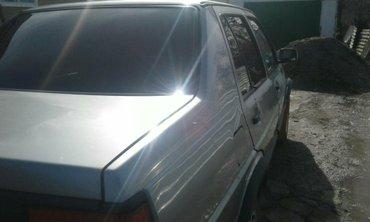 Volkswagen Jetta 1989 в Бишкек