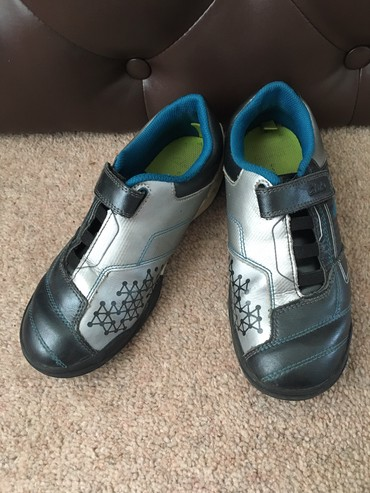 Clarks кроссовки, состояние отличное. Размер: 33.5