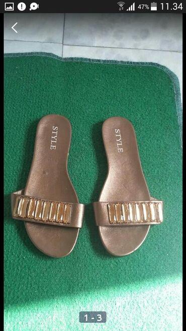 Ženska obuća   Bogatic: Jednom obuvene bez teagova koriscenja kao nove prelepe moderne papuce