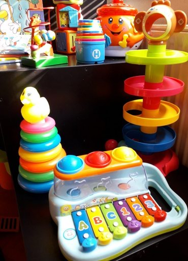 Igracke za bebe uzrasta od 10+  Ksilofon sa lopticama i  tobogan sa - Nis