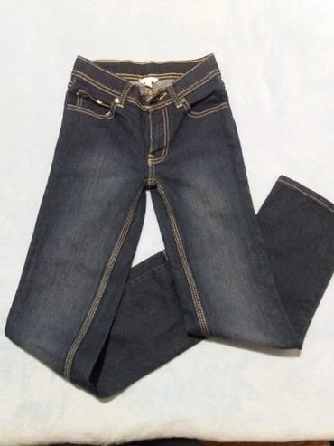 Продаю новые джинсы на девочку. в Кок-Ой