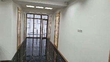 маленькое офисное помещение в Кыргызстан: Сдается офисное помещение в центре города, Орозбекова Московская 170м2