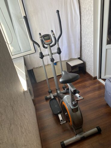 Продаю лыжи тренажер с сиденьем, велосипед (эллиптический тренажер) в