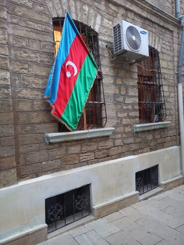1 комнатная квартира студия в Азербайджан: Продается квартира: 2 комнаты, 50 кв. м
