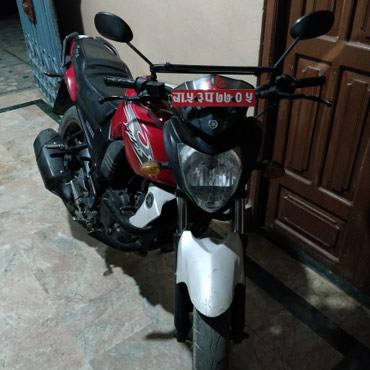 Yamaha fzs 53 lot red and white good condition sale . in Kathmandu