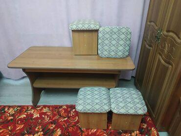 Продаю стол 3000с +4 стульчика по 250 сом каждый. Состояние отличное